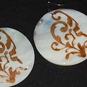 1970/80s Carved & Stained Natural Shell Dangle Earrings