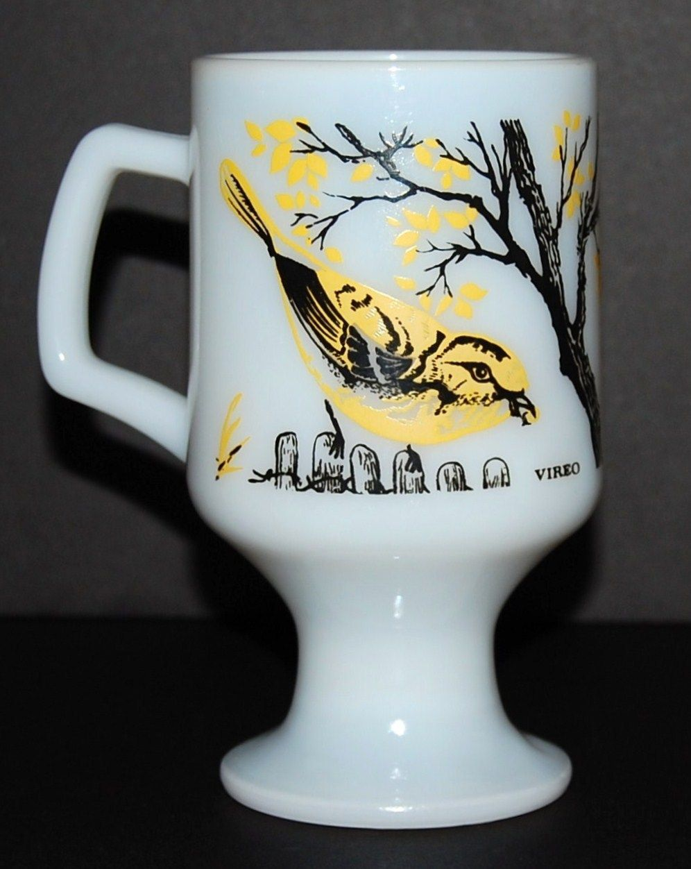 1960/70s Vireo ~ Scary Bird Milk Glass Pedestal Mug