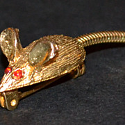 Red Rhinestone Mouse w/ Long Movable Tail Scatter Pin