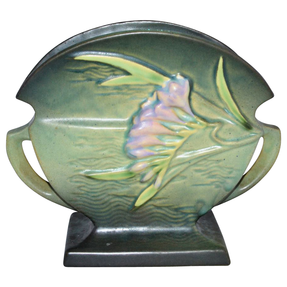 1945 Roseville Pottery ~ Freesia Green Fan Vase/Planter