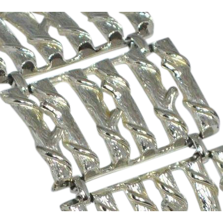 1950s Coro ~ Huge Silvertone Bamboo Design Link Bracelet