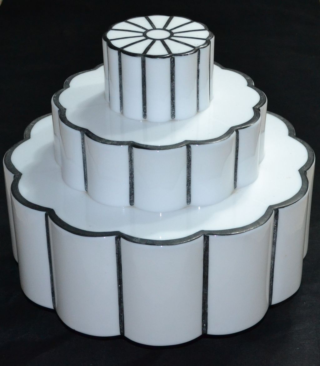 Art Deco Roll Cake : 1930s Art Deco Wedding Cake Milk Glass Light Globe from ...