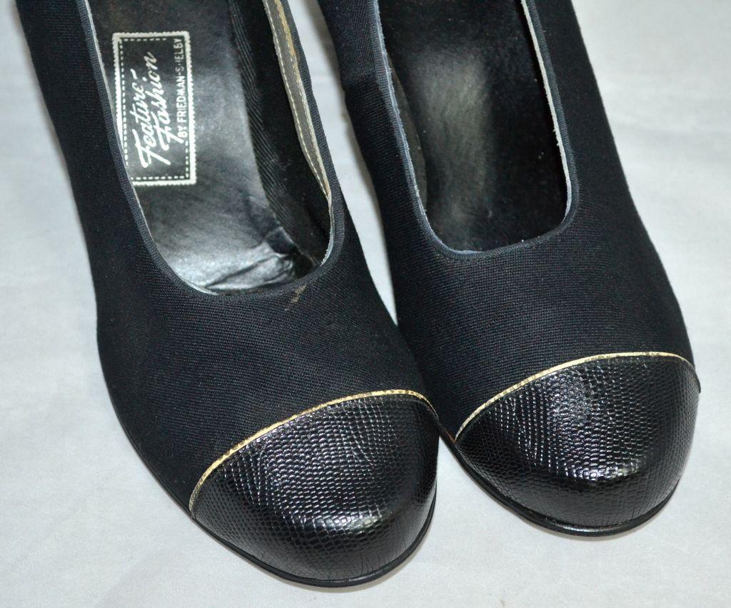 1930s Friedman-Shelby ~ NOS Gabardine Black Snakeskin Embossed Heel ...