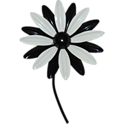 Large Black & White Stemmed Daisy Flower Pin/Brooch