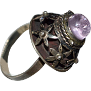 Signed Mexican Sterling Amethyst Daisy Flower Poison Ring Eagle Stamp ~ Size 7.5