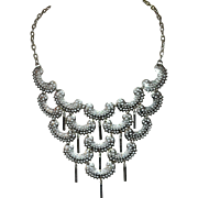 1973 Sarah Coventry CHARISMA Silvertone Chandelier Bib Necklace