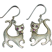 Sterling Silver Ruby Eye Kitty Cat Dangle Earrings
