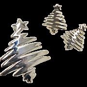 Large Stylized Silvertone Christmas Tree Brooch/Pin & Earrings Set