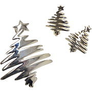 Large Stylized Silvertone Christmas Tree Brooch/Pin & Earrings Set