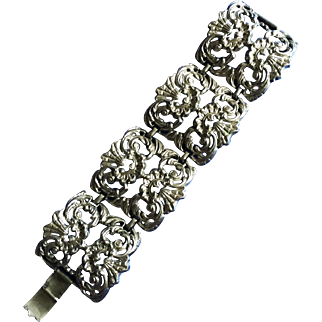 Large Metal Fillagree Bracelet