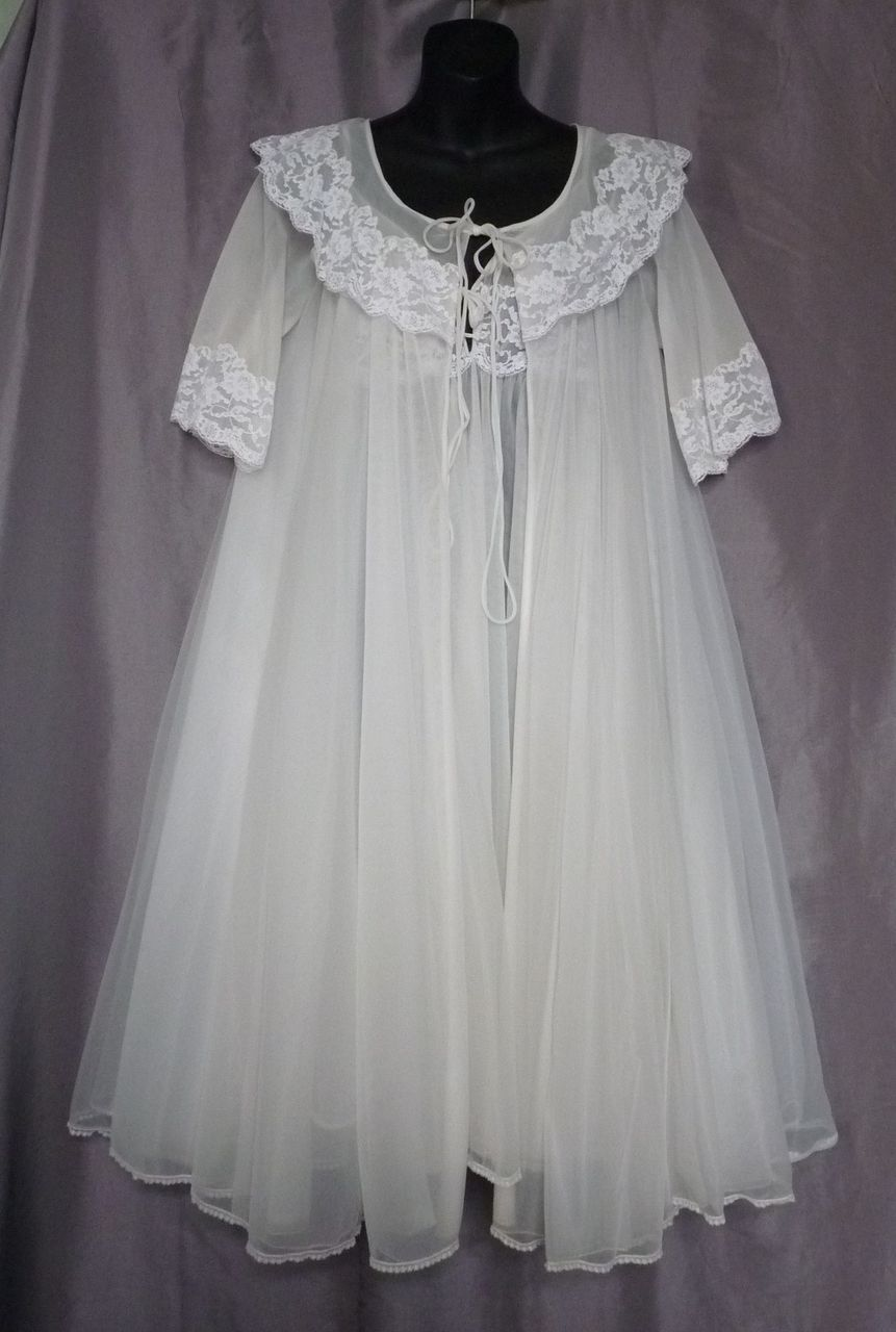 1960s peignoir set by virginia wallace from