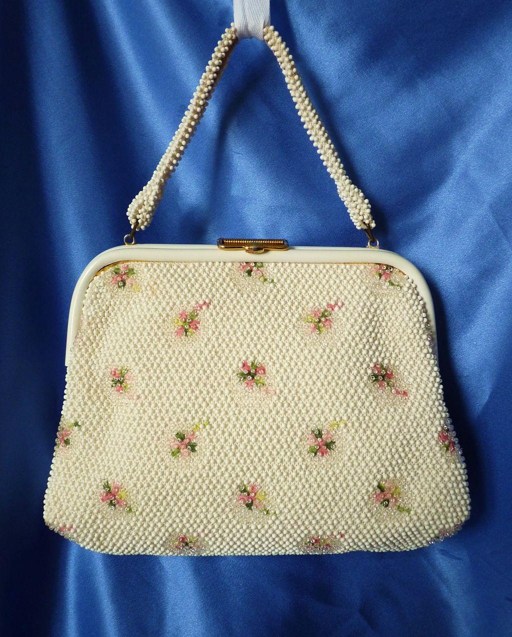 dating vintage beaded purses