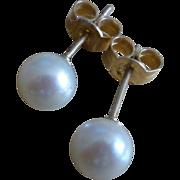 5.5mm Cultured Pearl Ear Studs