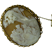 Large 18k Oval Cameo Brooch