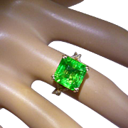 Very Large Emerald at a small price