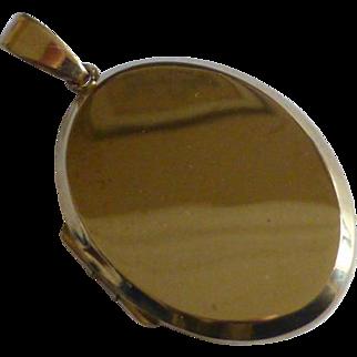 Very Heavy Oval plain Gold Locket