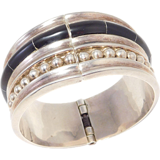 Onyx Inlay Mexican Silver 950 Vintage Clamper Bracelet