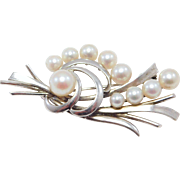 Elegant Vintage Mikimoto Silver & Cultured Pearl Brooch