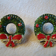 REDUCED ~  CHRISTMAS HOLIDAY WREATHS ~ Vintage Scatter Pins That Are In Very Good Vintage Condition