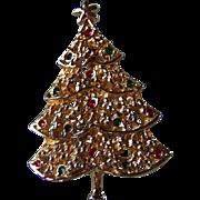 REDUCED ~ AA1 CHRISTMAS TREE Brooch ~ 14K Gold Plated Tree With Tiny Rhinestone Lights ~ Vintage AA1 Beauty  & Joy