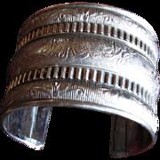 SilverPlate ~ Extra Wide CUFF BRACELET ~ Classic Vintage Elegance