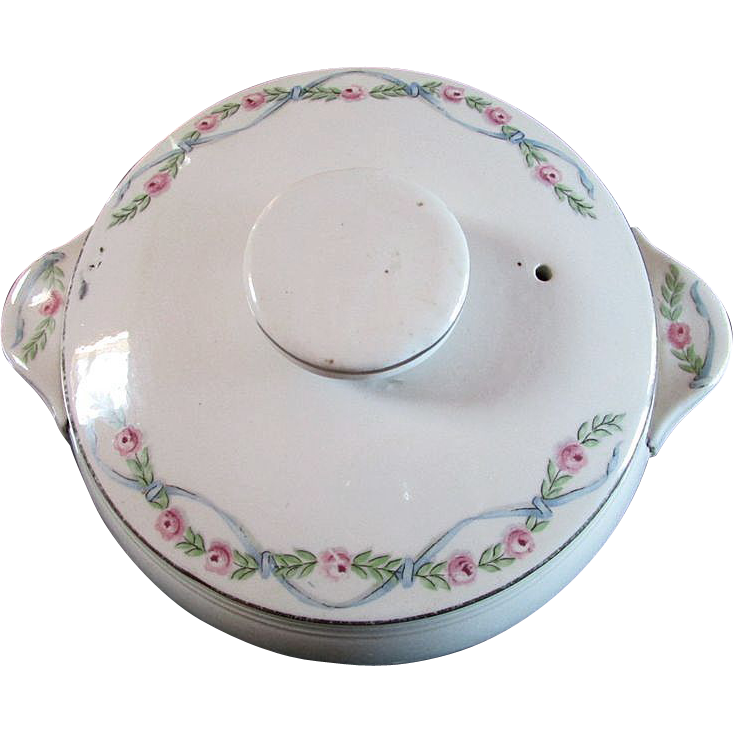 HALL'S  Superior Quality Kitchenware ~~ 2.5 Quart Tab Handled, Covered Casserole in the Wildfire Pattern (Silvery Trim)