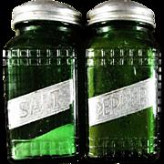 OWENS ILLINOIS ~ Vintage Ridged Pattern HOOSIER/PANTRY Forest Green Salt & Pepper Shakers