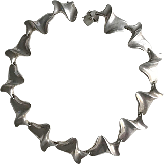 By Alain DUCLOS Silver Articulated Design Necklace Circa 1970 French Artist's Jewelry Signed Stamped