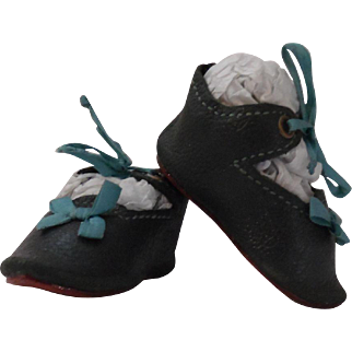 Lovely leather doll shoes for antique doll