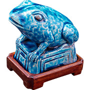 Late 19th Century Chinese ceramic frog or toad with turquoise-glaze and wood stand