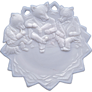 Westmoreland Three Roosevelt bears milk glass plate circa 1905