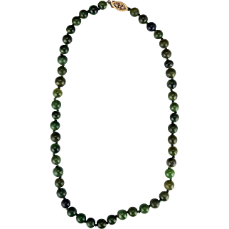 """Vintage Chinese natural spinach green nephrite jade hand-knotted 17"""" necklace with gold plated sterling clasp c 1910"""