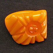 Deeply carved yellow orange vintage bakelite ring from the 30s'/40s