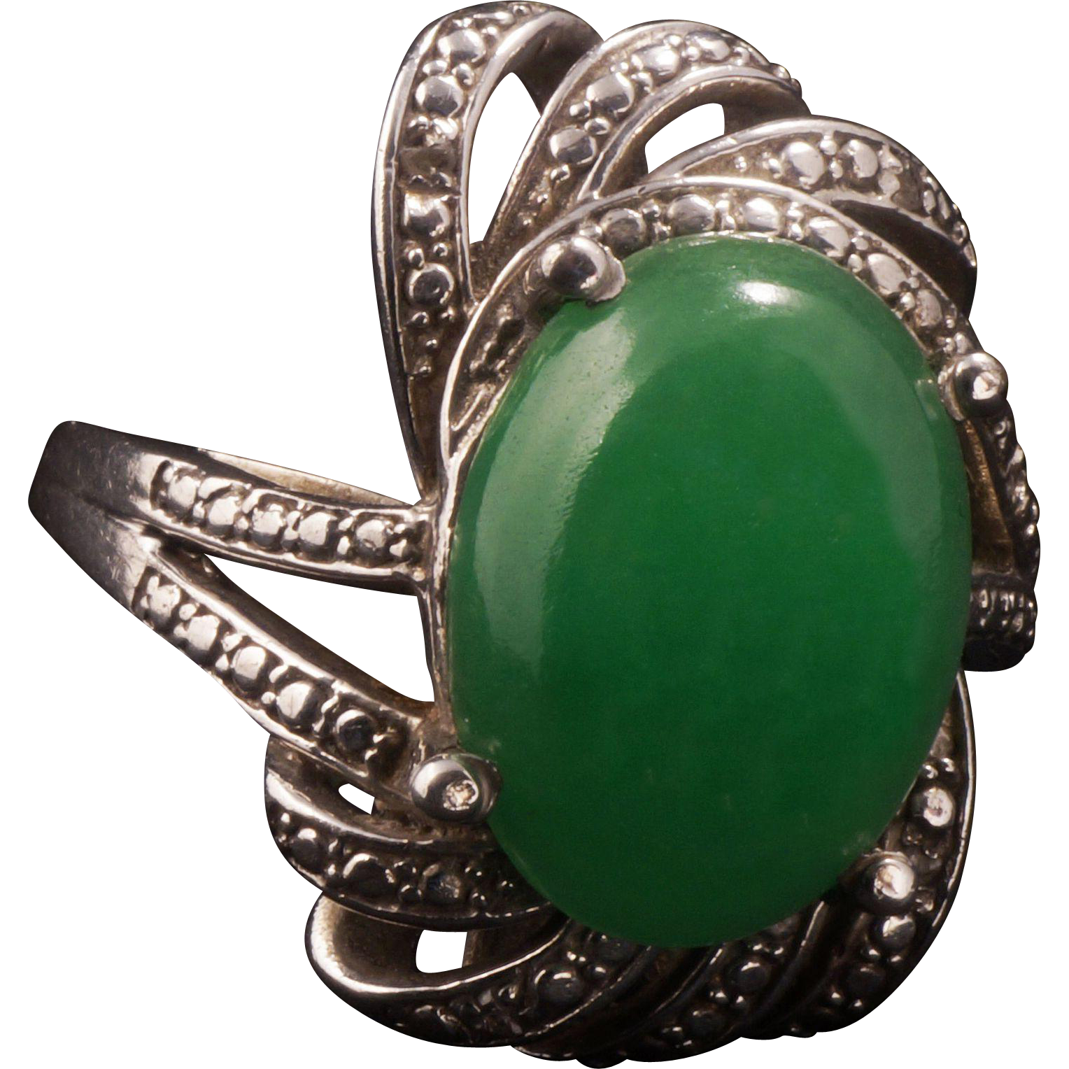 vintage jade ring with sterling mount from bearraven on ruby lane. Black Bedroom Furniture Sets. Home Design Ideas