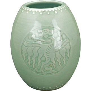 Chinese porcelain celadon glazed drum vase with a Yongzheng reign mark Republic period