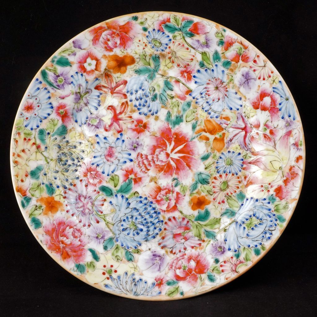 Chinese Porcelain Plates : Republic period chinese porcelain thousand flowers design