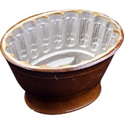 Small dark Victorian food mold with wheat sheaf design late 19th century