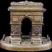 Cast bronze souvenir lidded Arc de Triomph box circa 1900