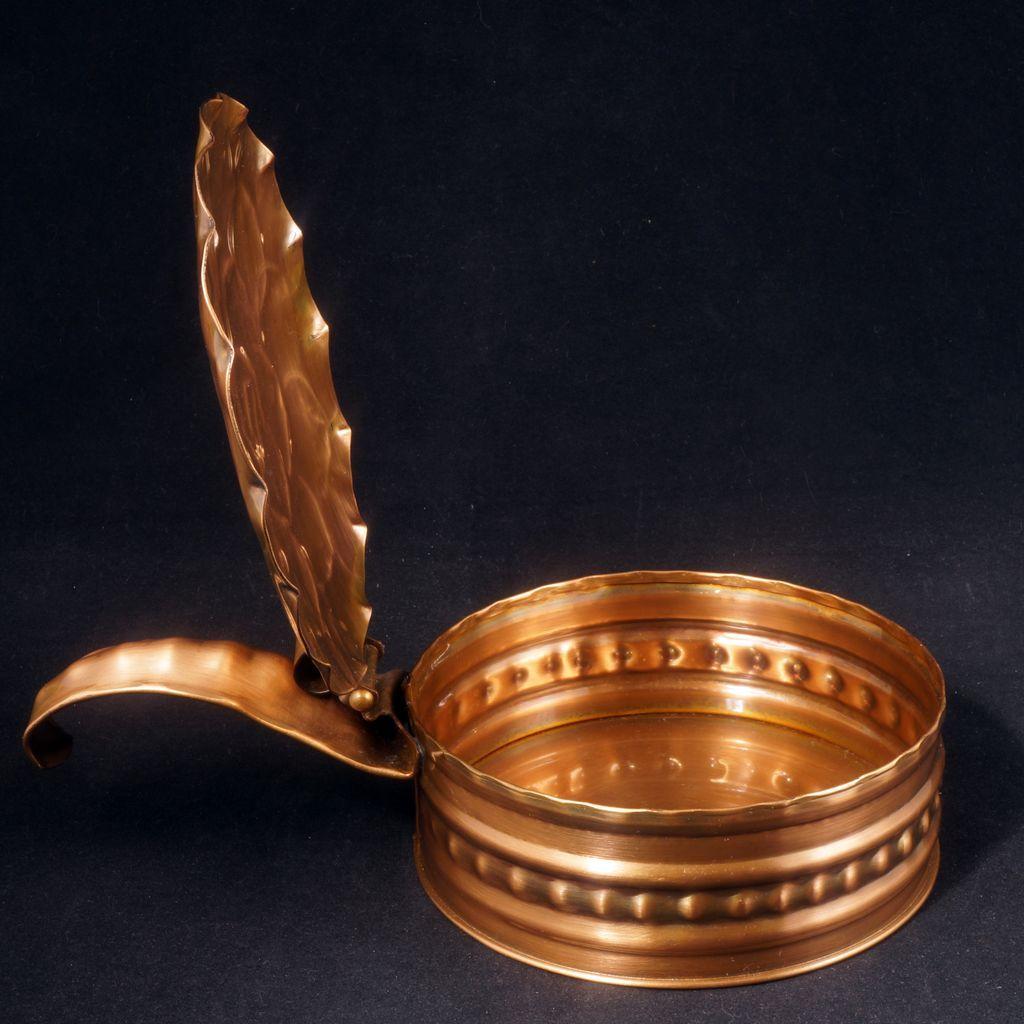 Vintage Gregorian Hand Hammered Copper Oak Leaf Silent