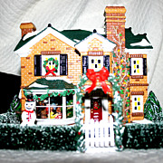 Department 56: 2000 Holly Lane