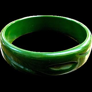 Bakelite green carved bangle Bracelet