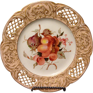 "KPM Berlin reticulated 7.5"" dessert plate w bisected fruit and gold gilt accents"