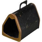 Dollhouse Pet Carrier in Metal