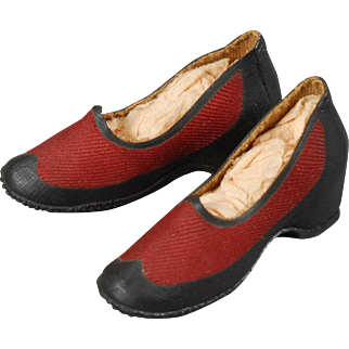 All Weather Shoes in Rubber for Fashion Doll