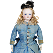 Maison Jumeau Fashion Doll