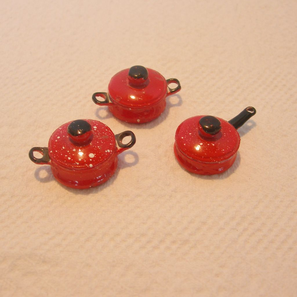Set of Miniature Splatter ware Pots/Pans