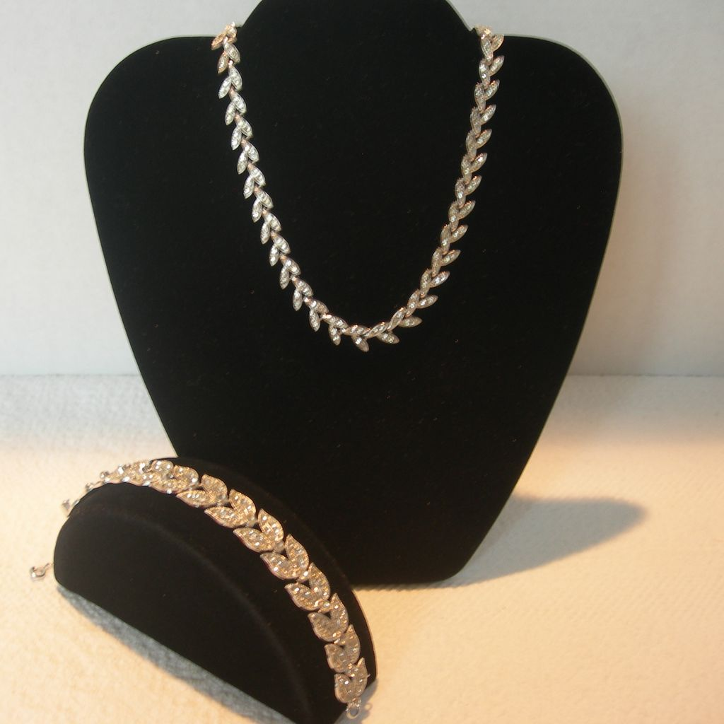 Old Mine Cut Crystal Necklace and Bracelet Set