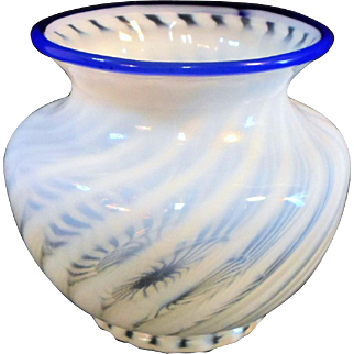 "Fenton Optic SPIRAL SWIRL BLUE CREST White Opalescent Vase 4-1/2"" Tall"