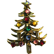Hollycraft Christmas tree pin two candle