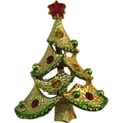 Fancy little Christmas tree pin